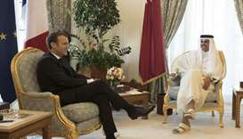 Emir, French President hold session of official talks