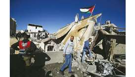 Army razes home of Palestinian fighter