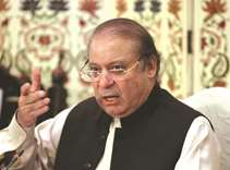 Case registered against Sharif's guards over attack on journalist