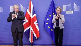 Britain's Prime Minister Boris Johnson (L) and European Commission President Ursula von der Leyen (R
