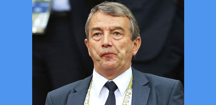 Pressure mounts on German FA chief as WC scandal widens