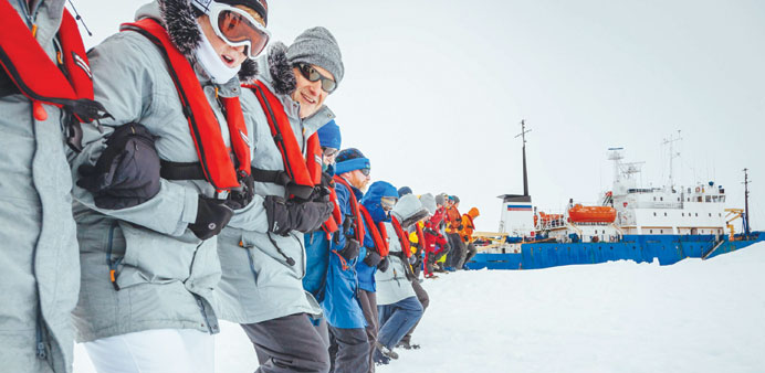 Strong winds and rain halt Antarctic ship rescue