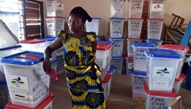 C.Africans vote in presidential run-off, hope for peace