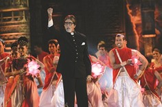 'Providential' escape from Mumbai fire, says Amitabh