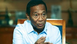 Binay remains ahead in presidential race