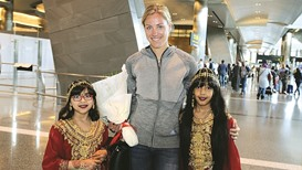 Warm welcome for tennis star