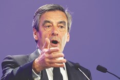 Fillon fake work probe stays open