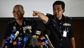 Malaysian Police dy inspector-general Noor Rashid Ibrahim (L) with Selangor state police chief Abdul