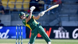 De Villiers' record sets up thumping win over New Zealand