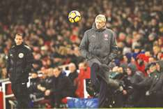 English players are masters of diving, says Wenger