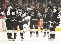 Kings pull away from Oilers in third period