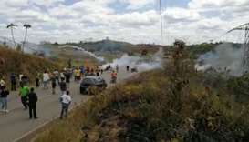 Venezuela troops fire tear gas on demo at Colombia border