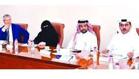 Members of College of Dental Medicine Steering Committee at QU hold first meeting.