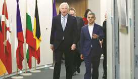 Khan moots 'associate' EU citizenship for Brits