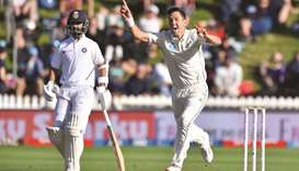 Boult leads attack as Black Caps have India on the ropes
