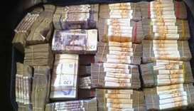 Nigerian customs find $8 million in cash on bus at airport
