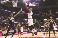 King James returns with 33, Cavs edge Pacers 100-96