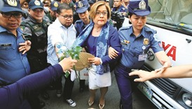 Court rejects De Lima's plea to halt prosecution over drugs
