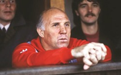 Liverpool mourn 'Boot Room' great Ronnie Moran