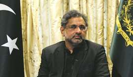 PM lectures ministers and top officials