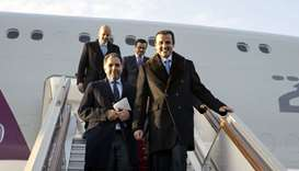 Emir arrives in Moscow