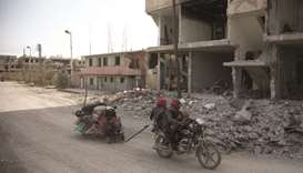 Thousands flee as govt forces advance in eastern Ghouta