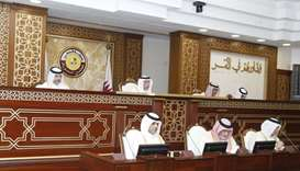 Shura Council discusses draft law on minimum wage for workers