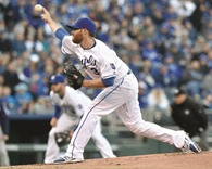 Kennedy pitches gem against Twins in Royals' debut