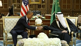US President Obama shakes hands with Saudi Arabia's King Salman