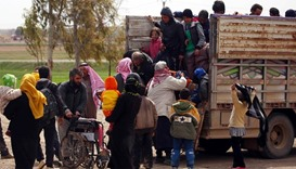 Syrians flee Raqa 'hell' as US-backed assault nears