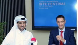 Hussain al-Qahtani and Ivan Bravo announce the first International Kite Festival.