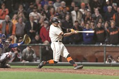 Morse, Pence lead Giants past Dodgers
