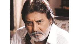 """President Mukherjee called Khanna """"a highly talented and acclaimed actor and MP"""""""