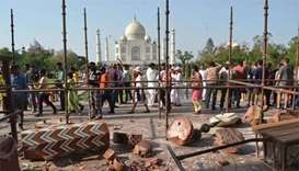 Storm damages two turrets at India's Taj Mahal