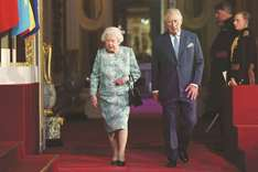 Queen backs Charles to be next Commonwealth head