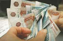 Nations in path of rouble storm see sanctions spillover contained