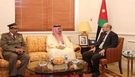 Defence minister meets Jordan PM