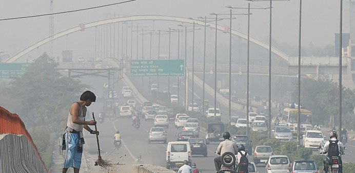 More than 1,400 new cars are added every day to the 8.5mn vehicles on Delhi's roads.