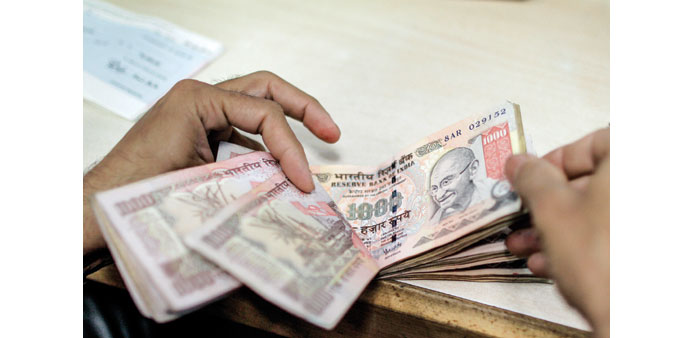 Nepal tightens control over Indian currency