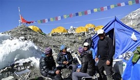 Nine Nepalis first to climb Everest after deadly disasters