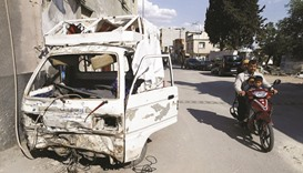 Anger, fear sweep border town under IS attack