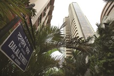 Sensex caps biggest weekly loss in a month