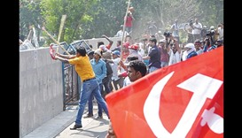 Many injured as Left rally turns violent in Kolkata