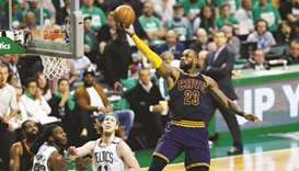 James reigns as Cavs book rubber match with Warriors