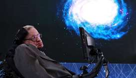 Time travellers welcome at Hawking's memorial service
