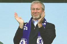 Chelsea owner Abramovich 'waiting for UK visa': Report