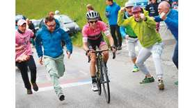 Yates extends overall lead with third stage win