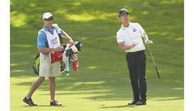 Na takes two-shot lead into final round at Colonial