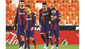 Barcelona aim to leapfrog Atletico but Real lie in wait