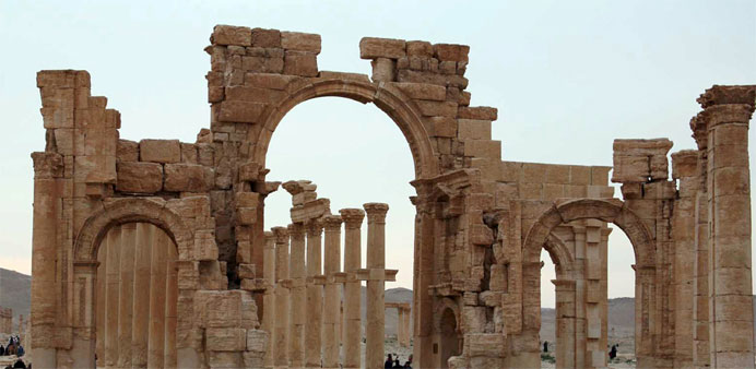 Syria regime launches 15 air raids around Palmyra